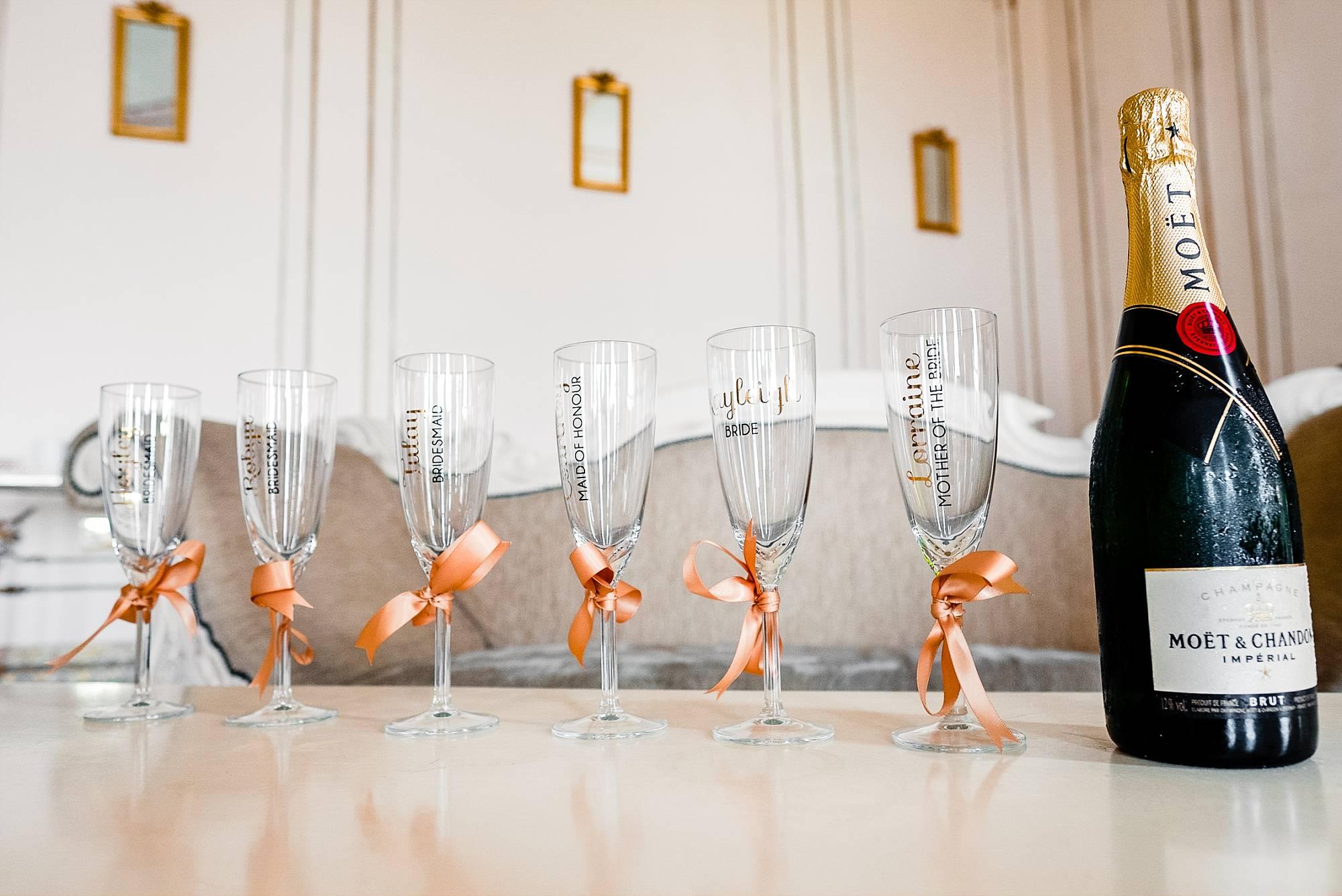 Gosfield Hall Essex Wedding Photographer_0023.jpg