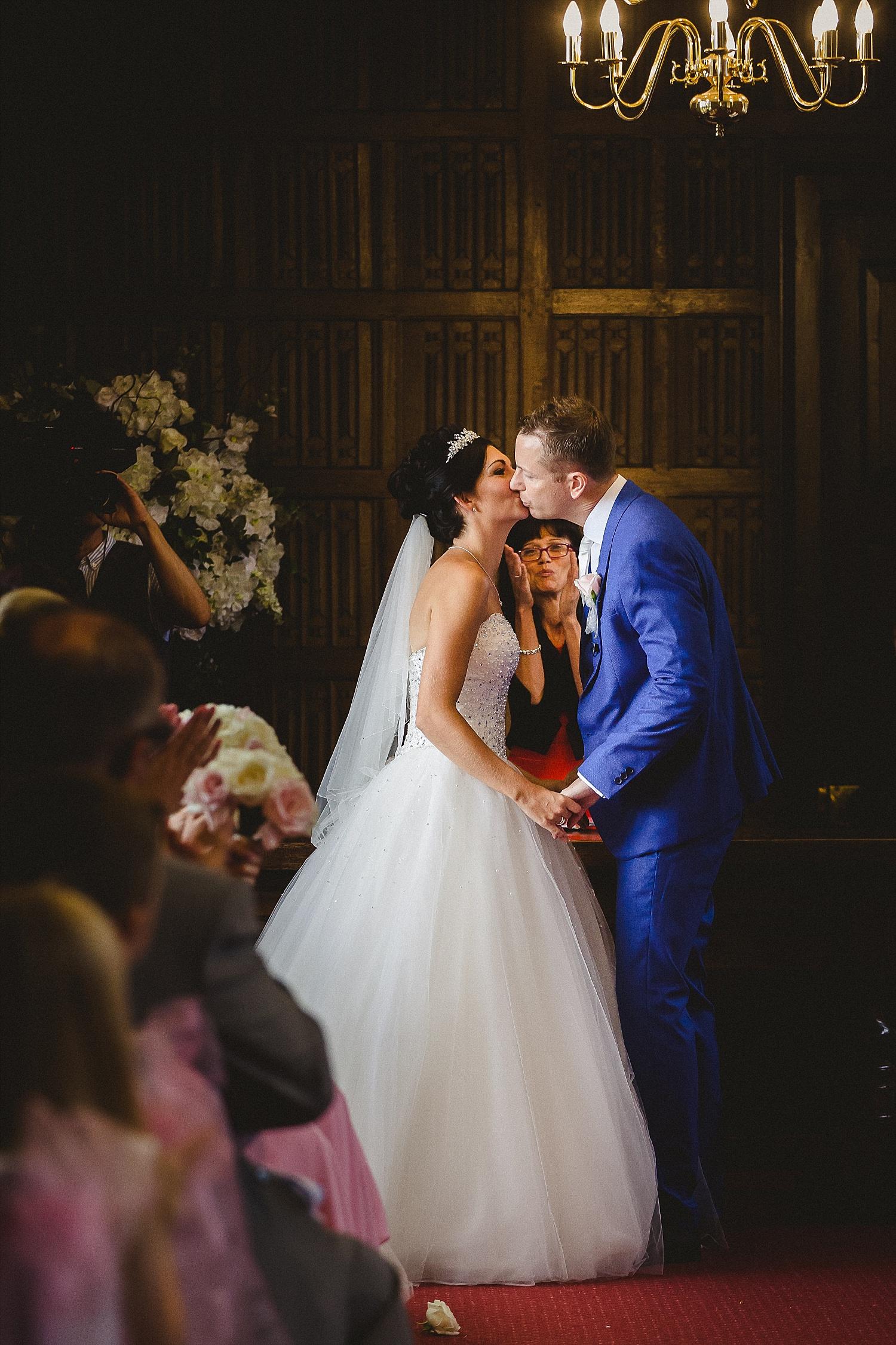 Gosfield_Hall_Essex_Wedding_Photographer_0052.jpg