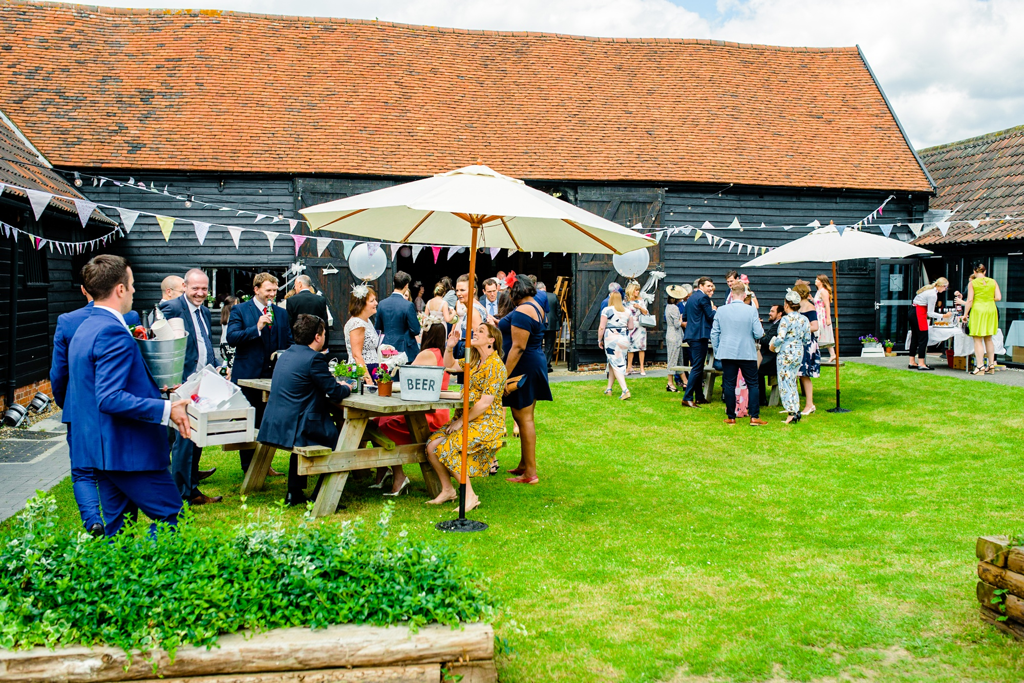 Essex Barn Upminster Wedding Photographer-105.jpg