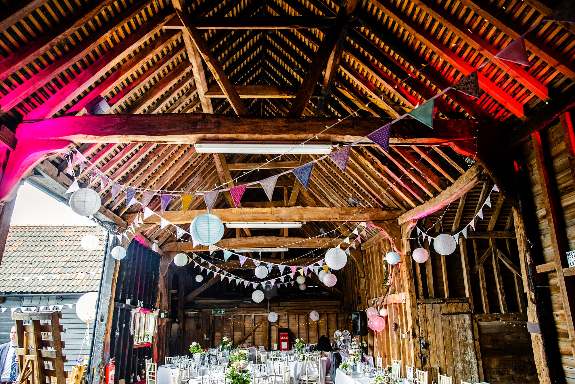 Essex Barn Upminster Wedding Photographer-106.jpg