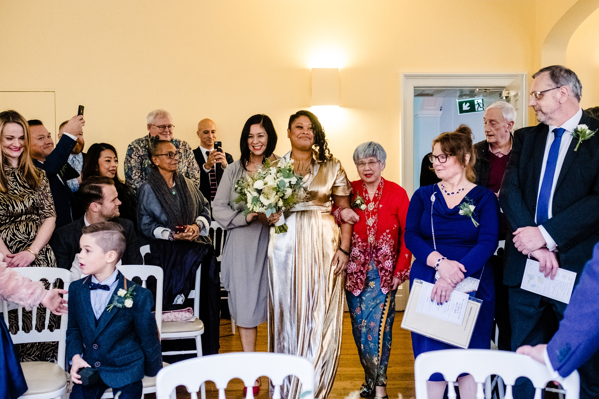 Clissold-House-Wedding-Photographer_0018.jpg