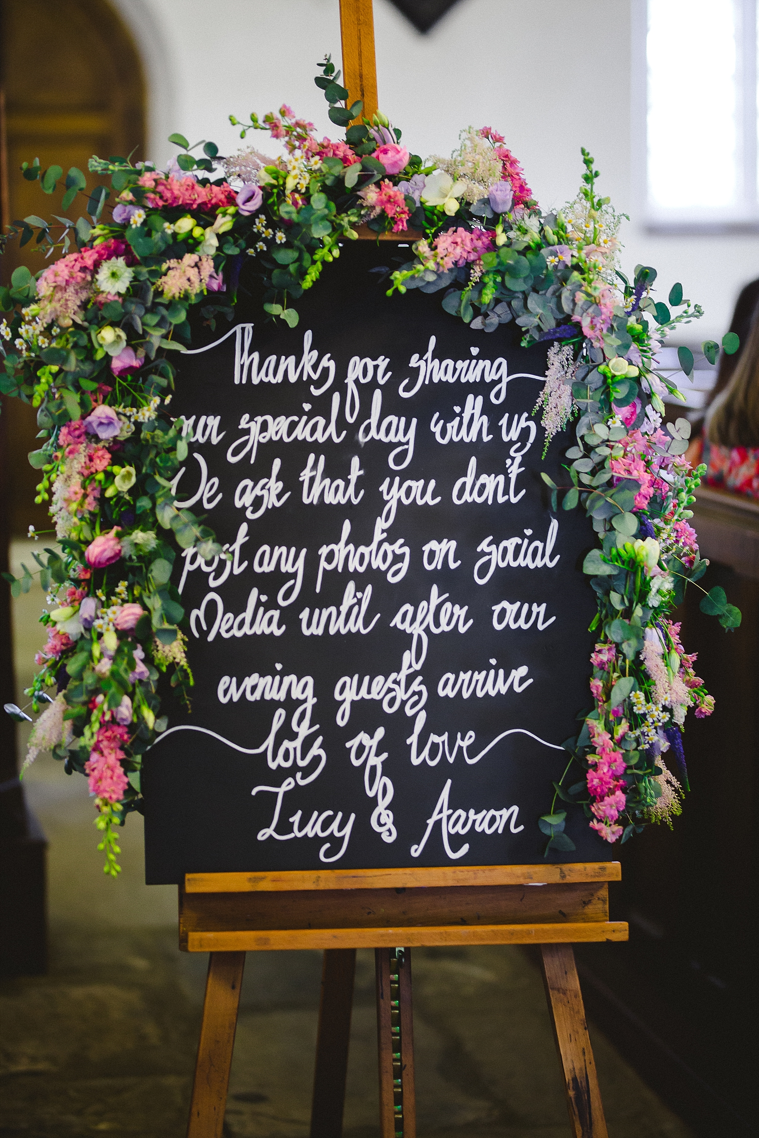 Gaynes-Park-Wedding-Photographer_0044.jpg