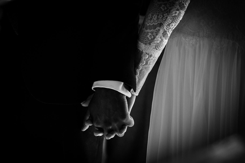 Gaynes-Park-Wedding-Photographer_0054.jpg