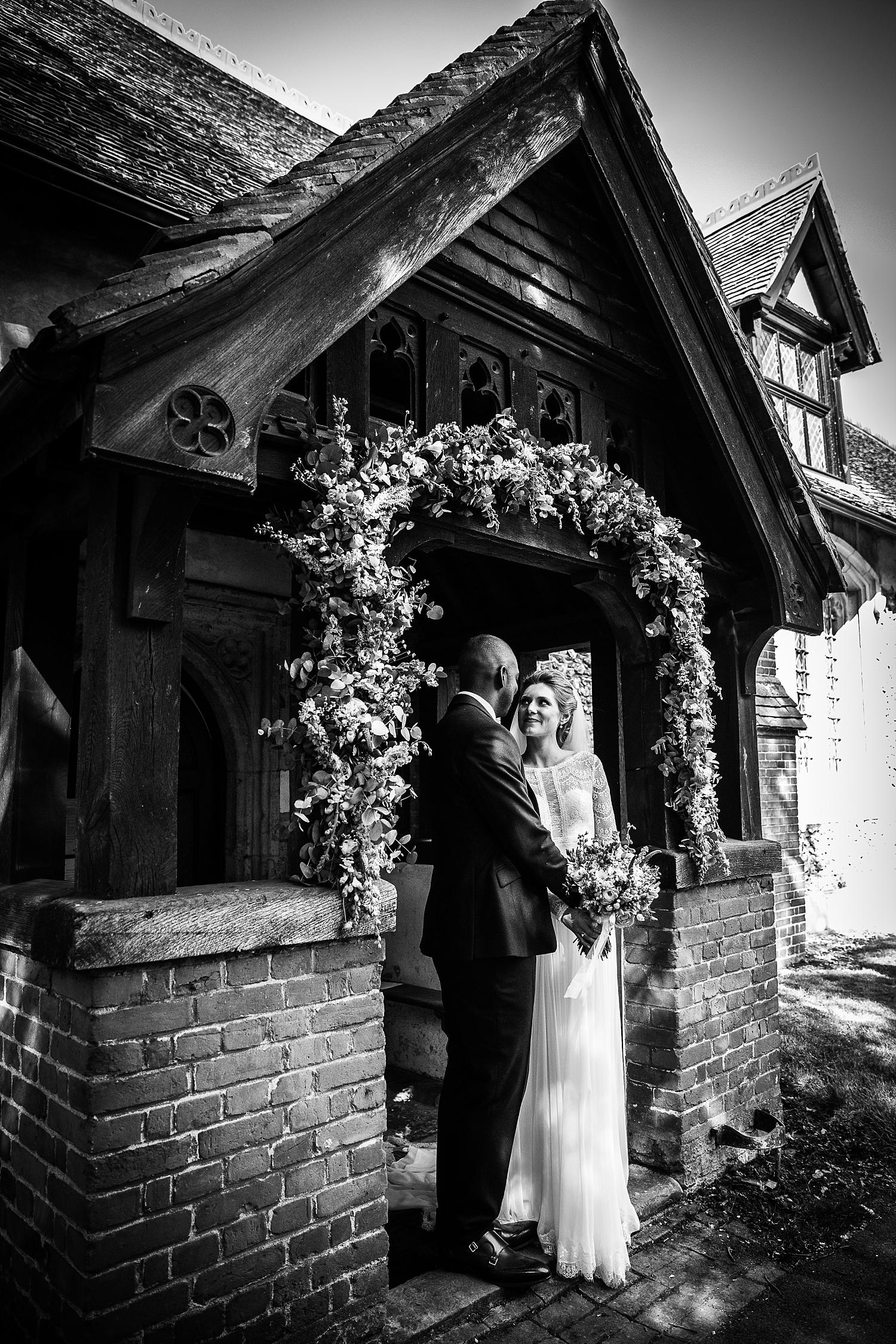 Gaynes-Park-Wedding-Photographer_0069.jpg