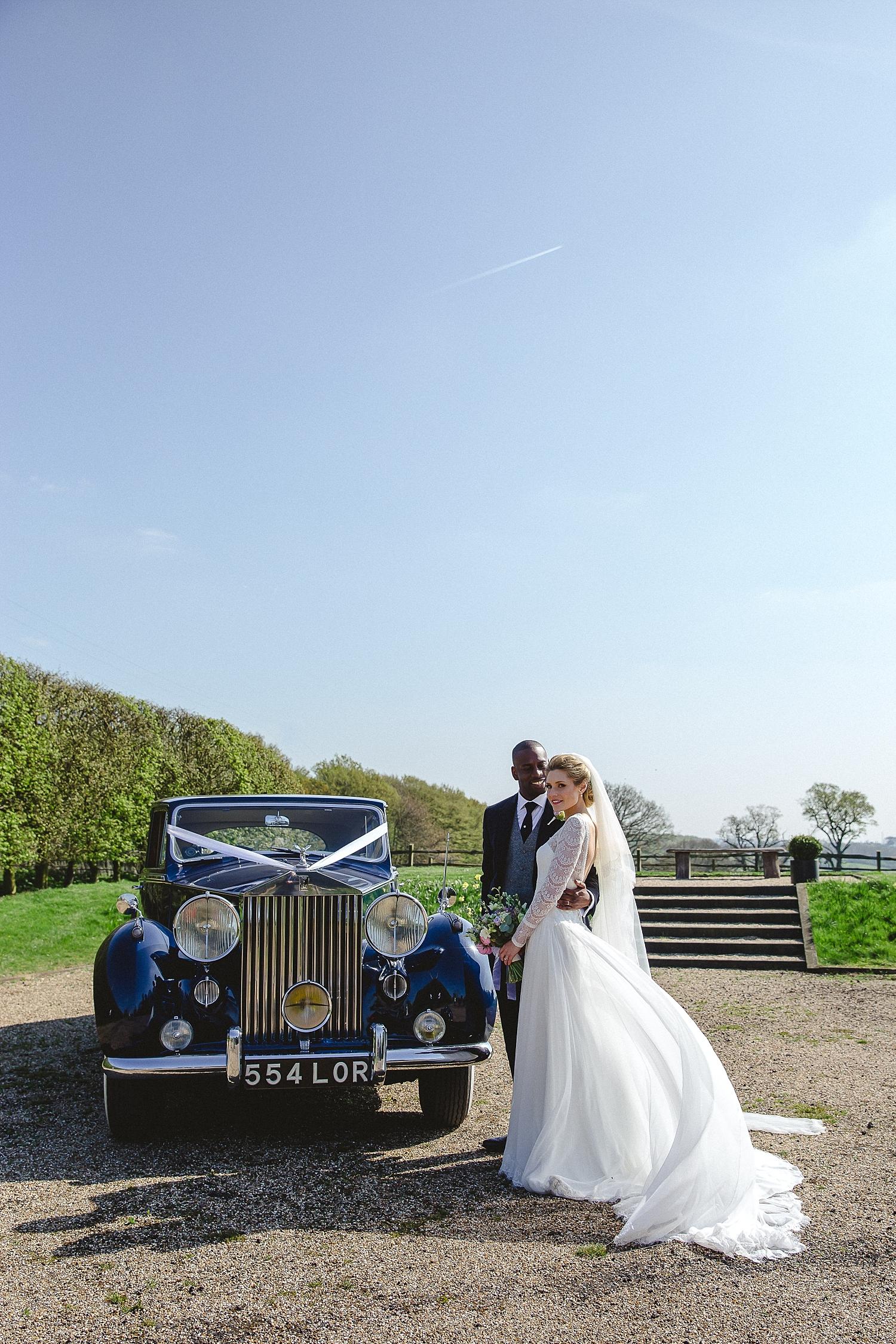 Gaynes-Park-Wedding-Photographer_0073.jpg