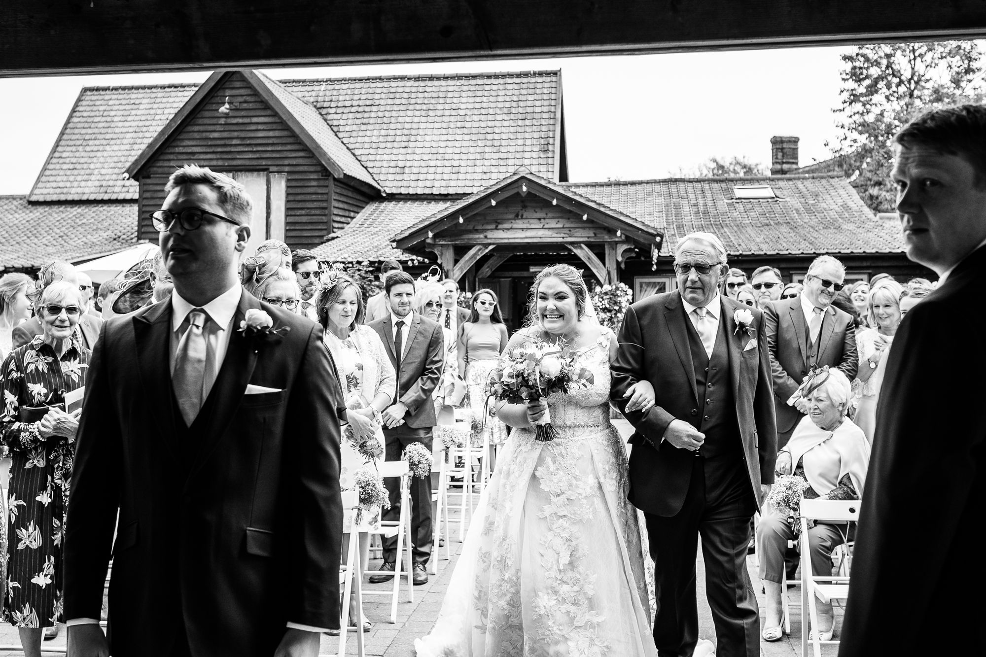 Maidens-Barn-Essex-Wedding-Photographer_0029.jpg