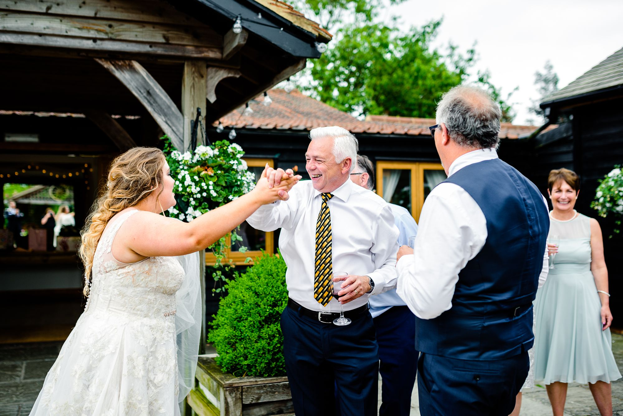 Maidens-Barn-Essex-Wedding-Photographer_0102.jpg