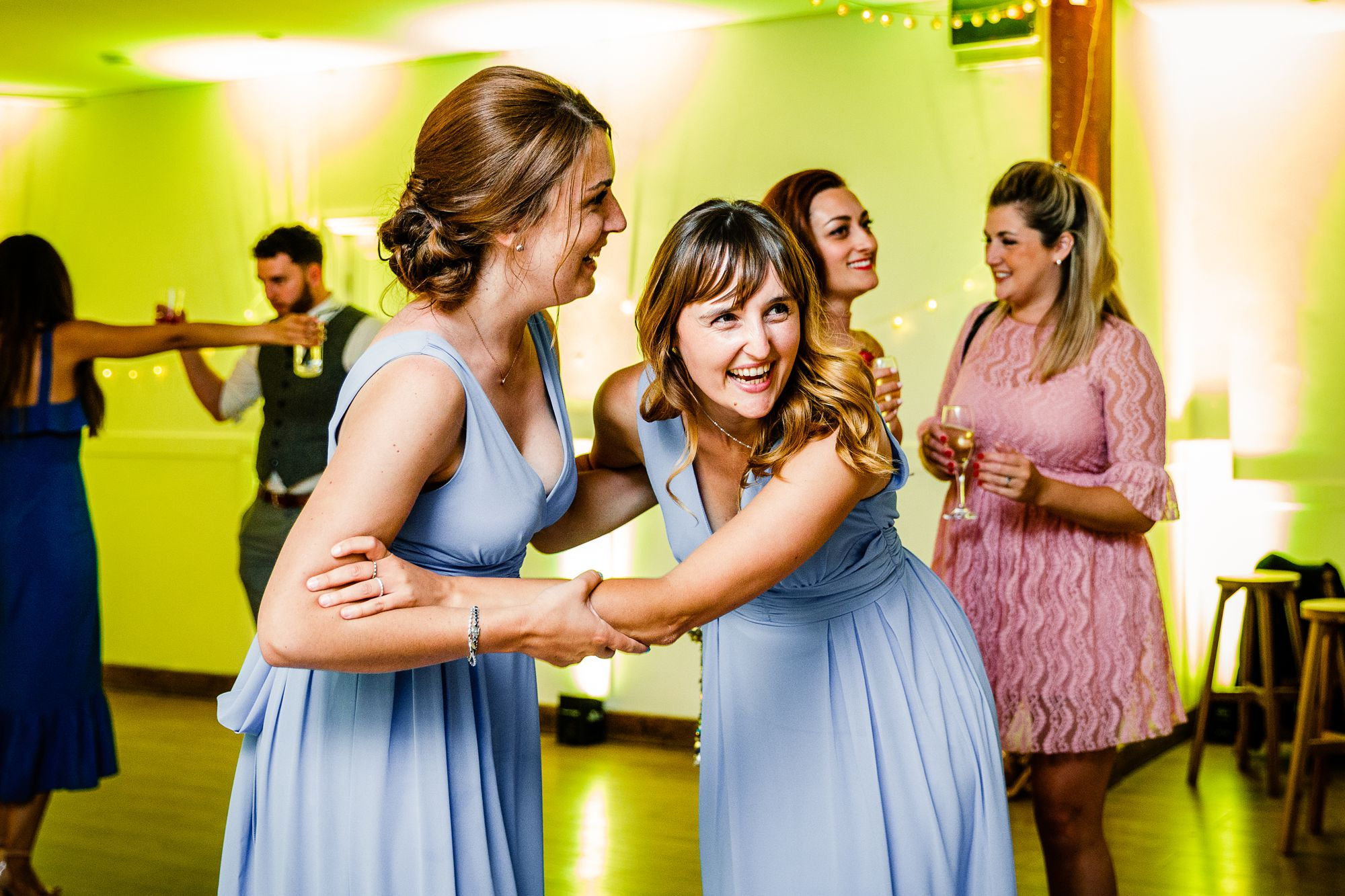 Maidens-Barn-Essex-Wedding-Photographer_0136.jpg