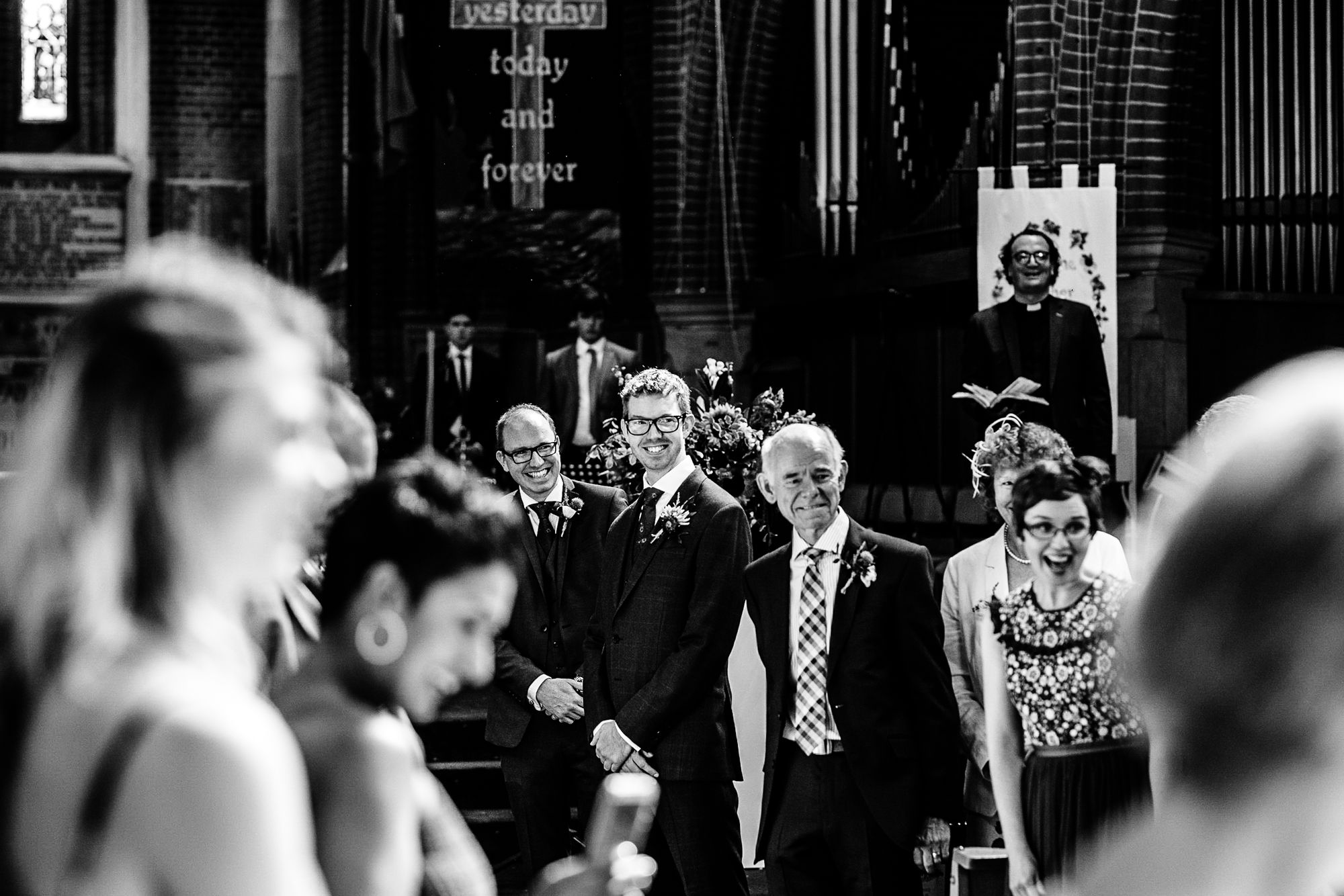 Chenies Manor House Wedding Photographer_0016.jpg