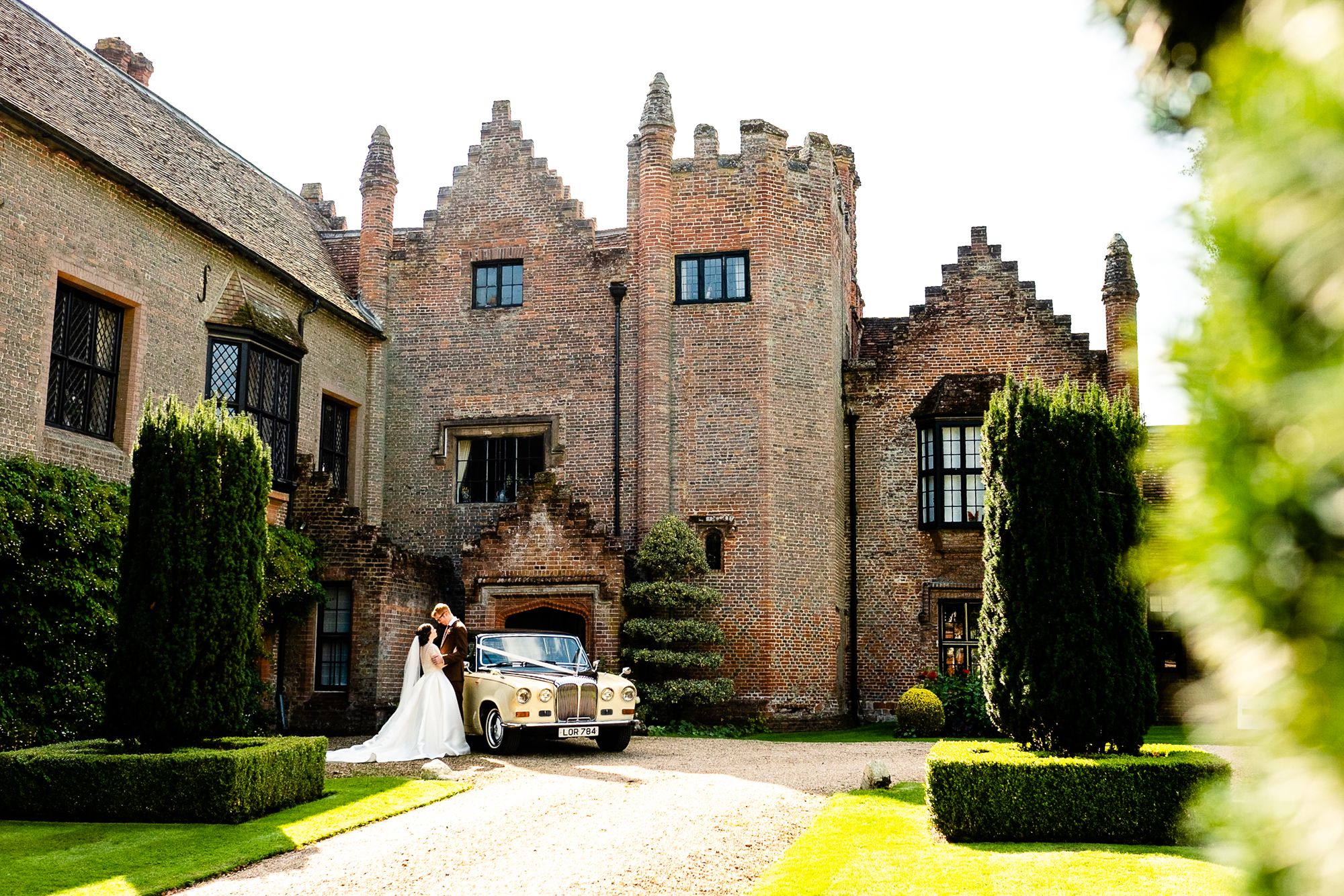 Chenies Manor House Wedding Photographer_0074.jpg