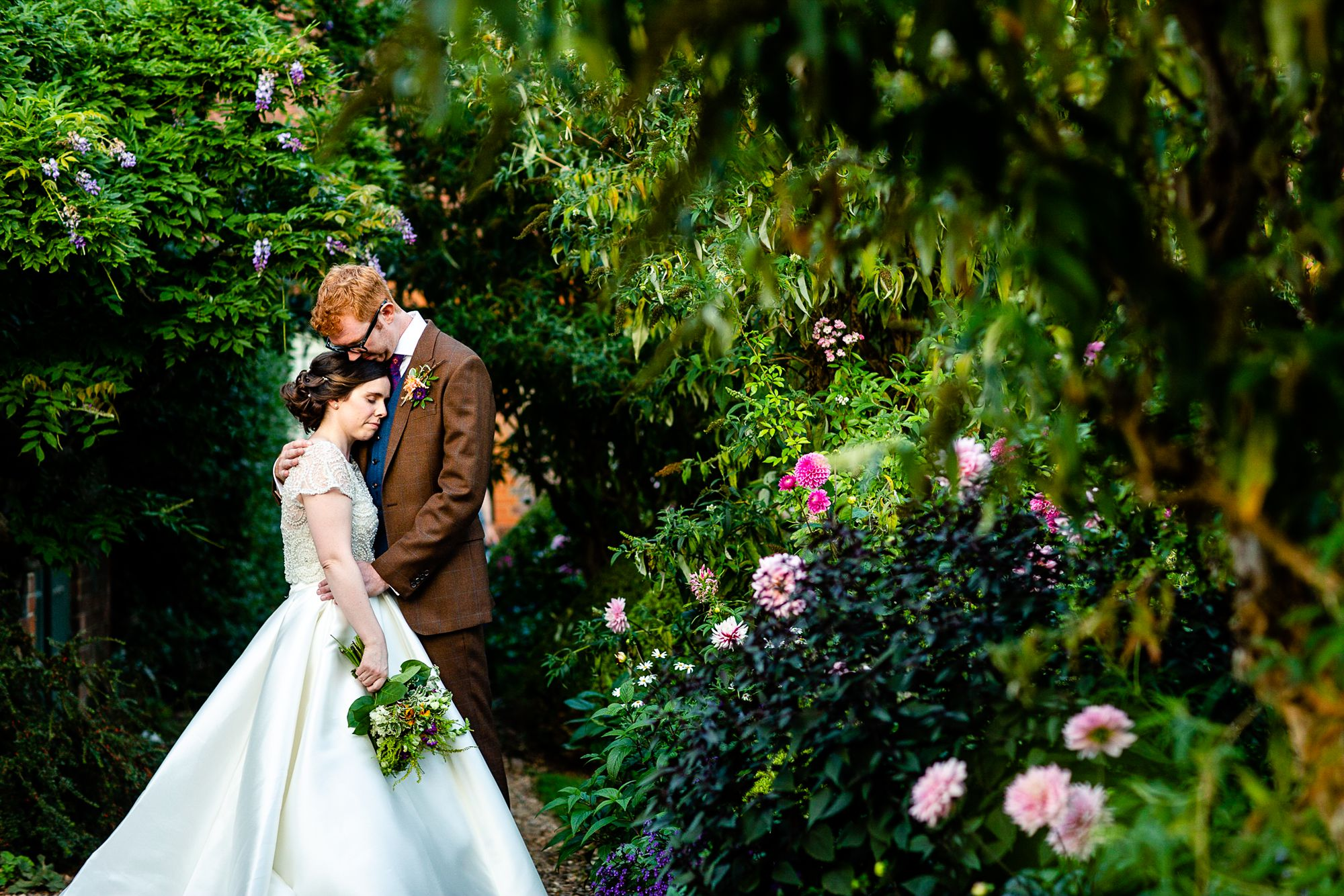 Chenies Manor House Wedding Photographer_0144.jpg