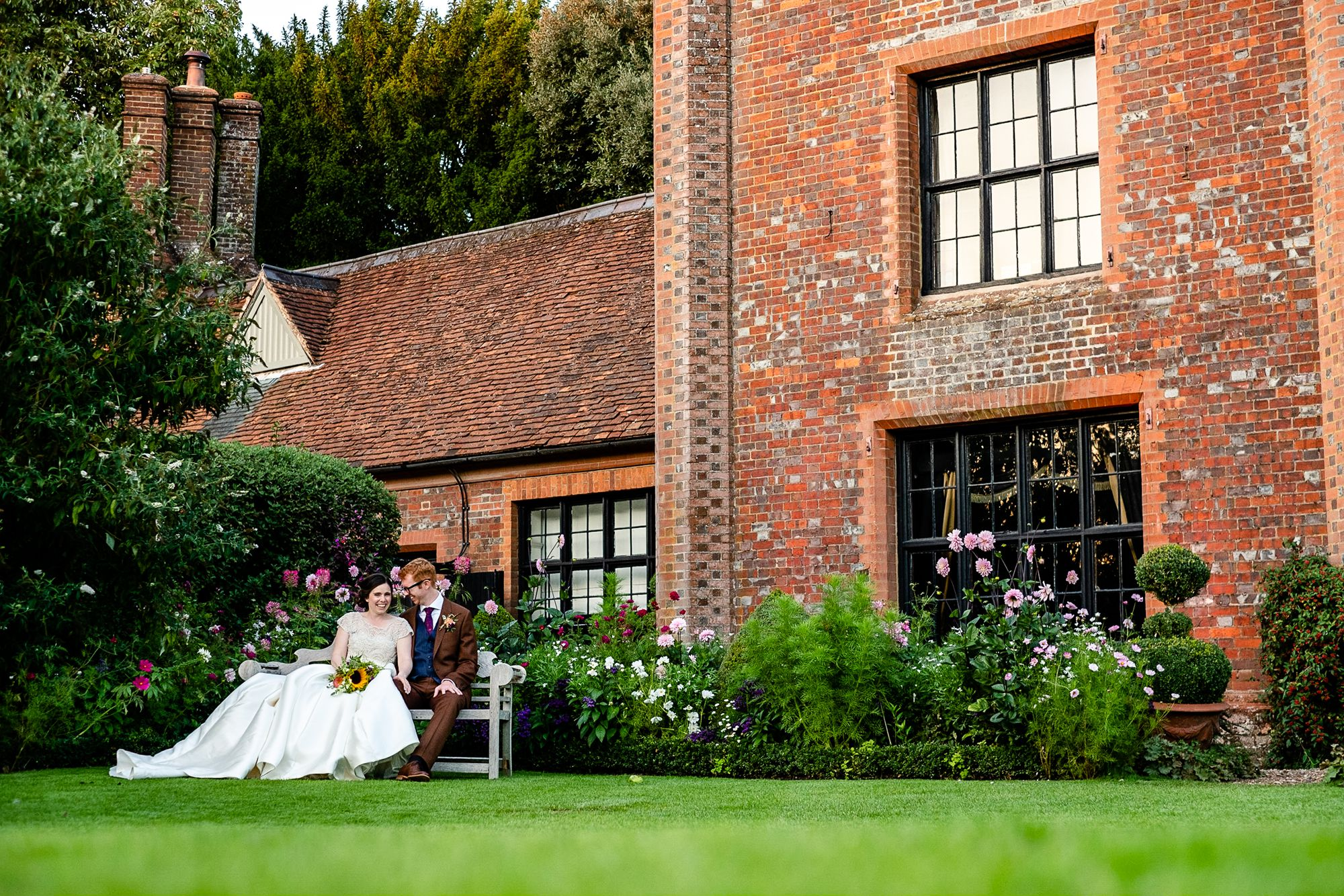 Chenies Manor House Wedding Photographer_0146.jpg