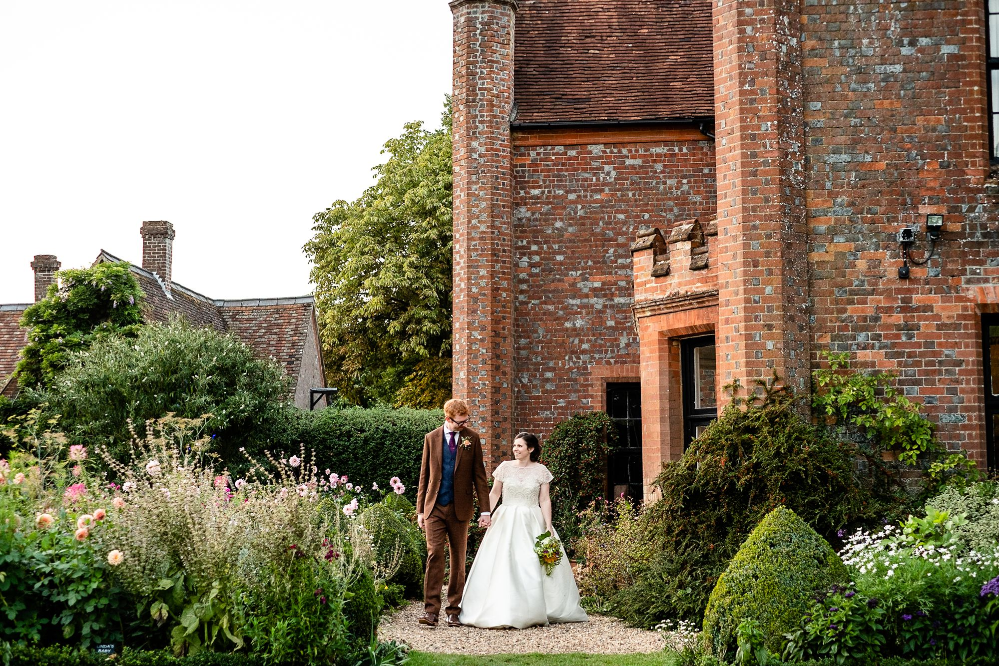 Chenies Manor House Wedding Photographer_0149.jpg