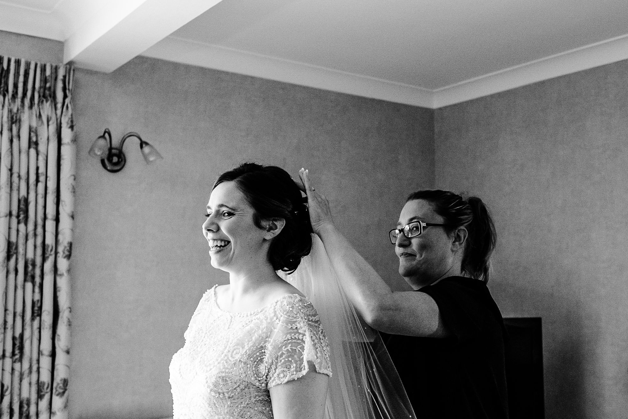 Chenies Manor House Wedding Photographer_0198.jpg