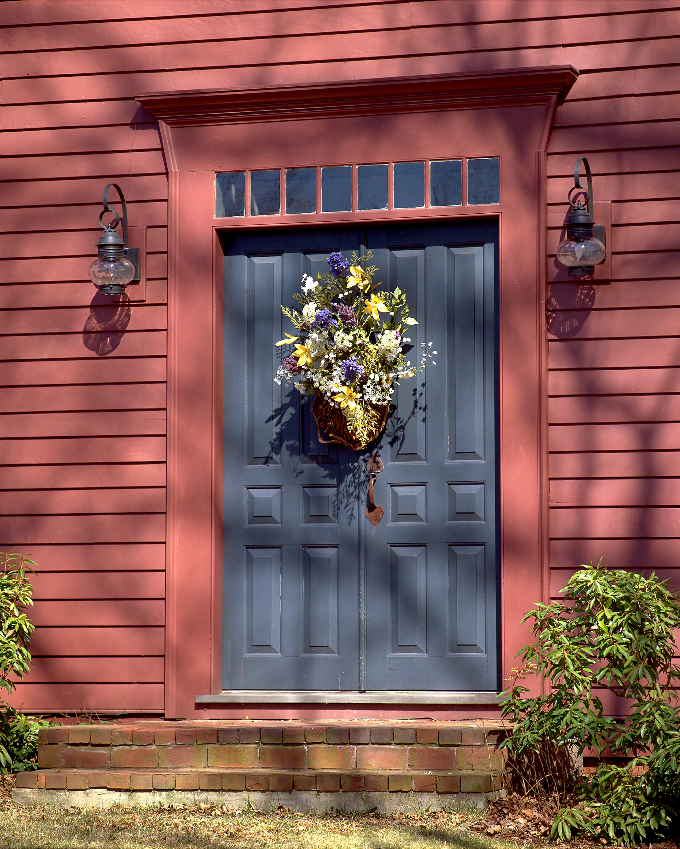 01RED DOOR .jpg