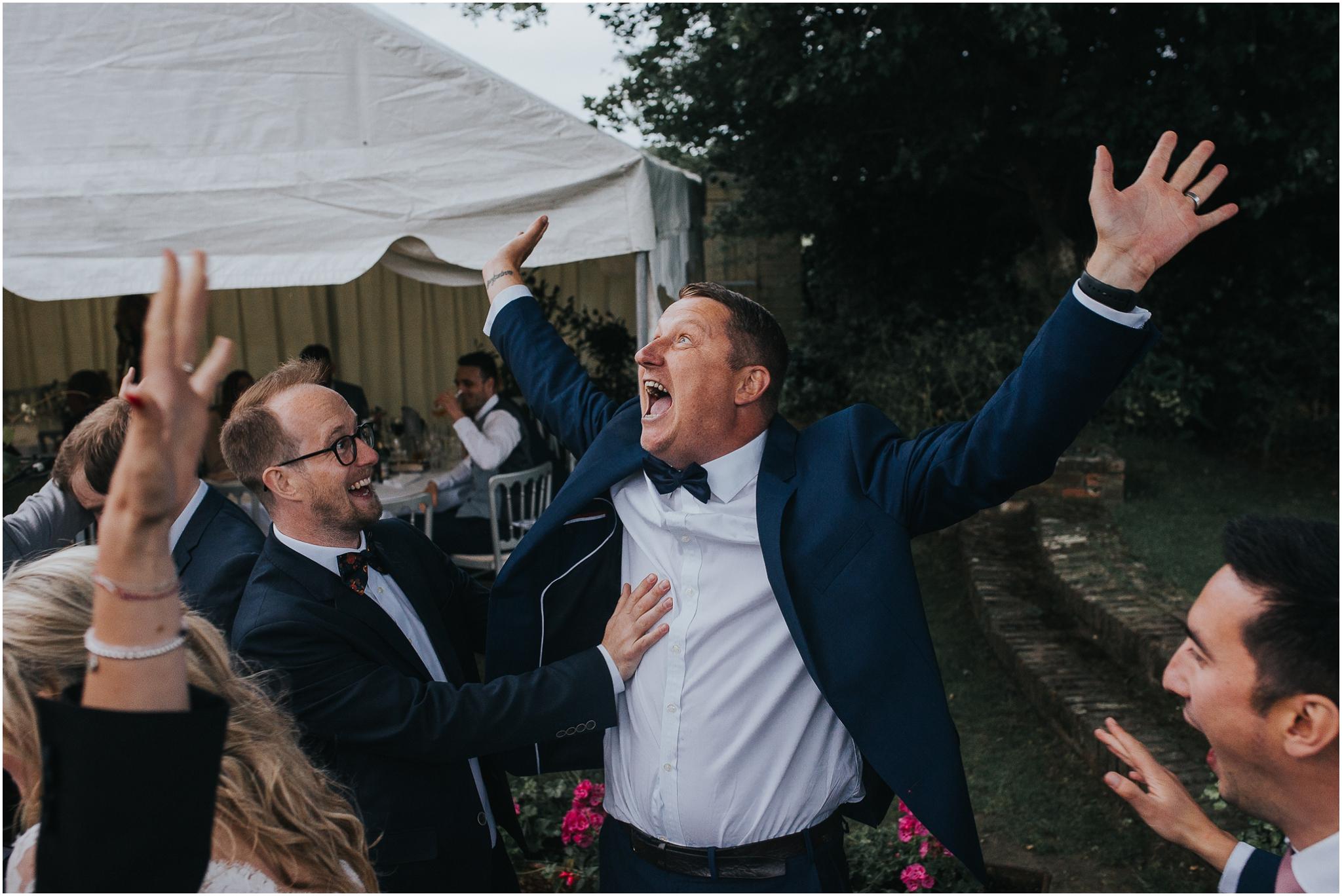 laid back wedding photographer