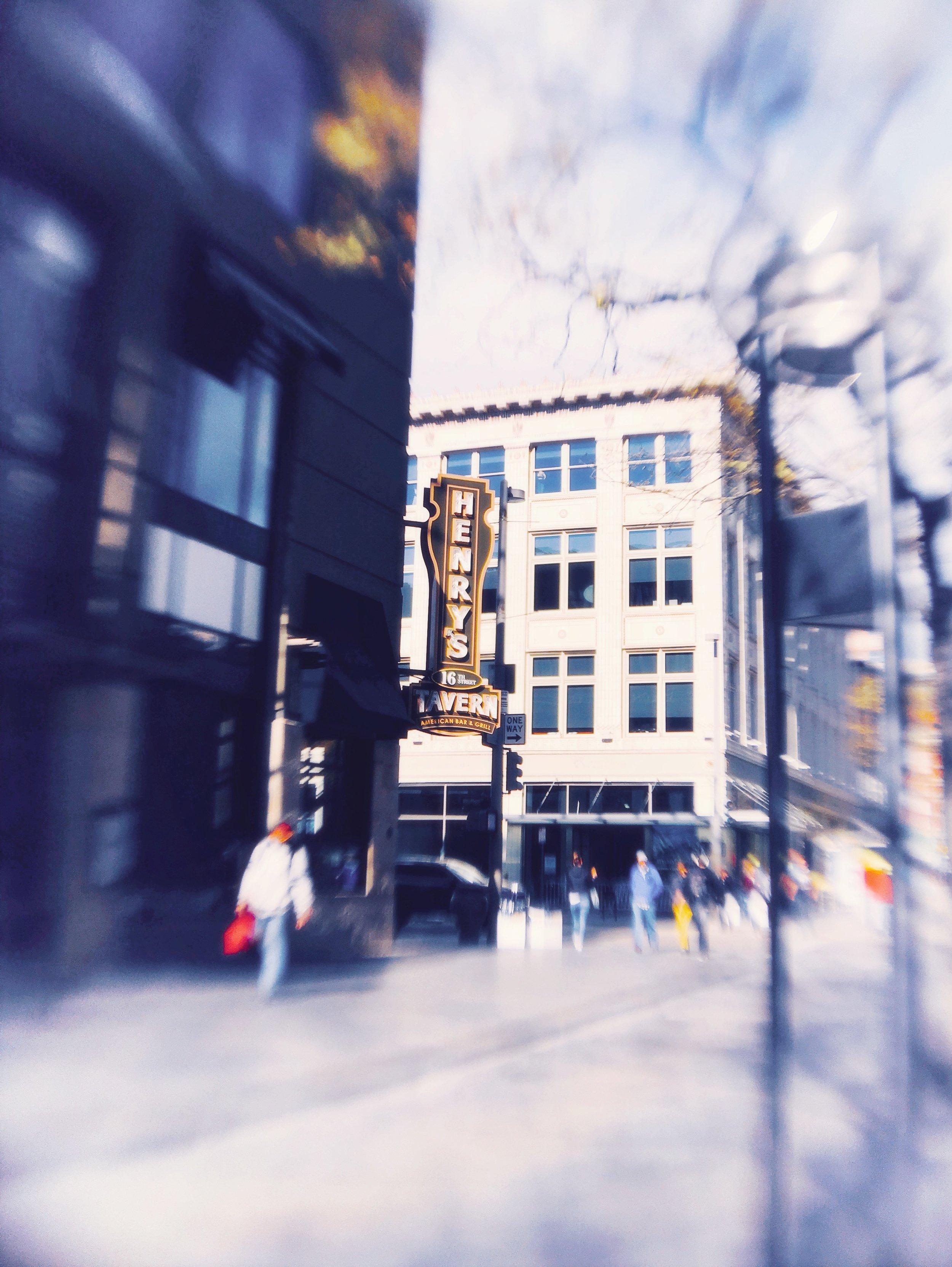 Henry's Tavern.JPG