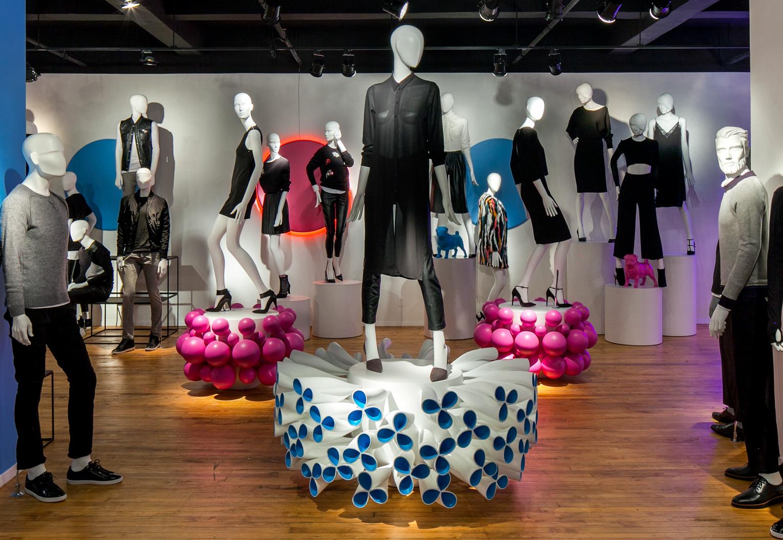 Universal Display - Showroom