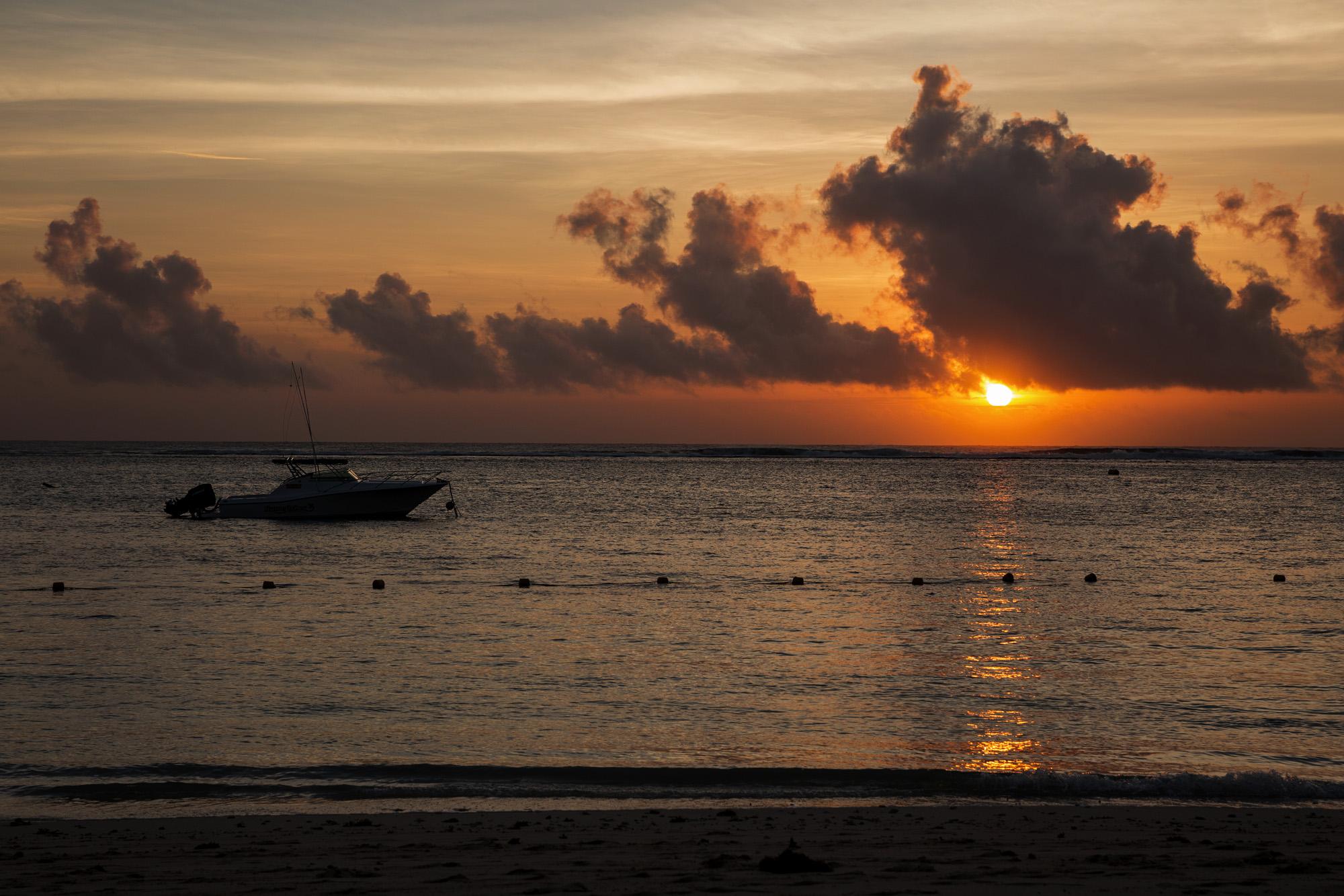 Flic en Floc sunset, Mauritius