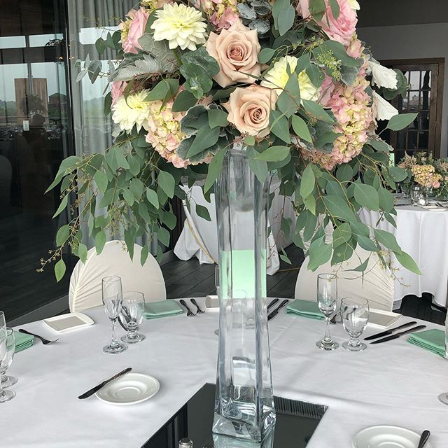 Beautiful muted tones by @kittelbergerweddings.  Congratulations to Ang and Dan! . . . #limedropevents #rochesternyweddingplanner #fingerlakesplanner #rochesternyeventplanner  #celebrations #weddings