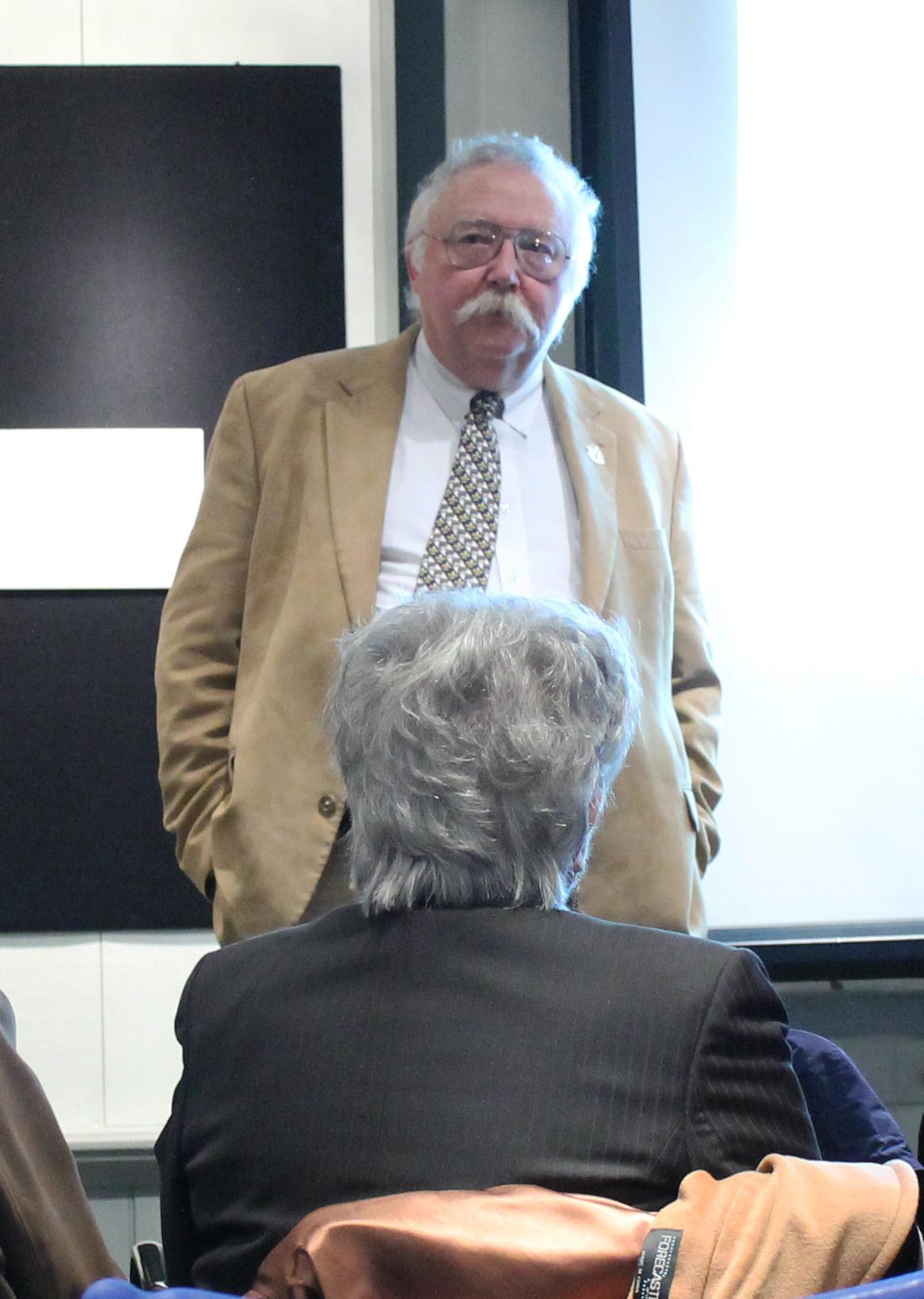 Dr. Selig