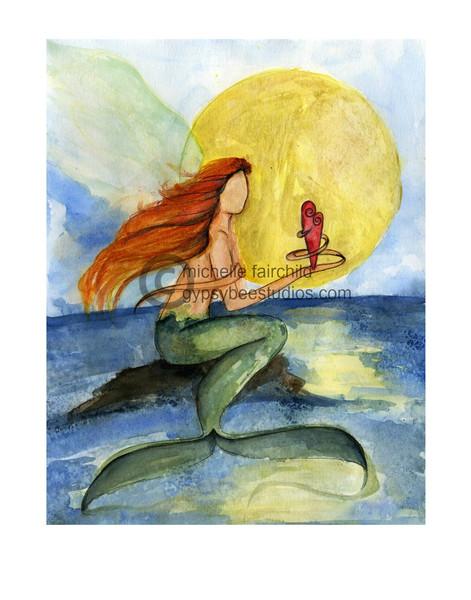 mermaid_holds_heart_web_grande.jpg