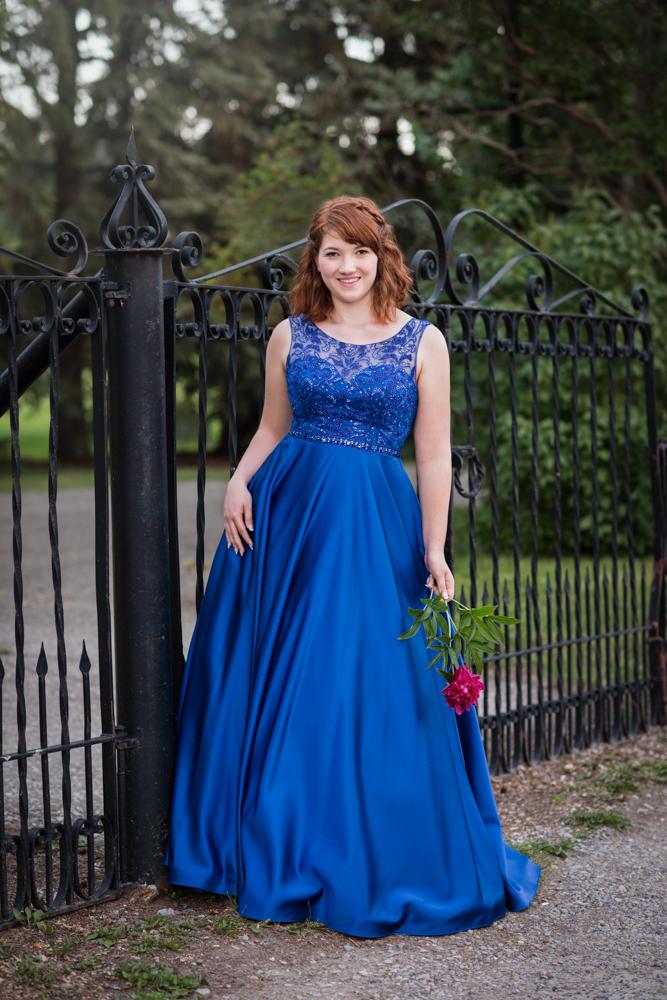 lorraine mortensen photography calgary high school senior graduation grad photographer yyc teen beauty glamour portrait