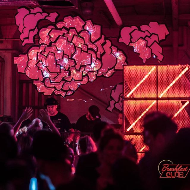 Amazing shot by @stoptime.live of the visuals and projection surface we laser cut for a private event featuring @justinmartin #projectionmapping #stagedesign #lasercutting #bamcreates #RedBull #synergy #WeDontJustBuildDomes