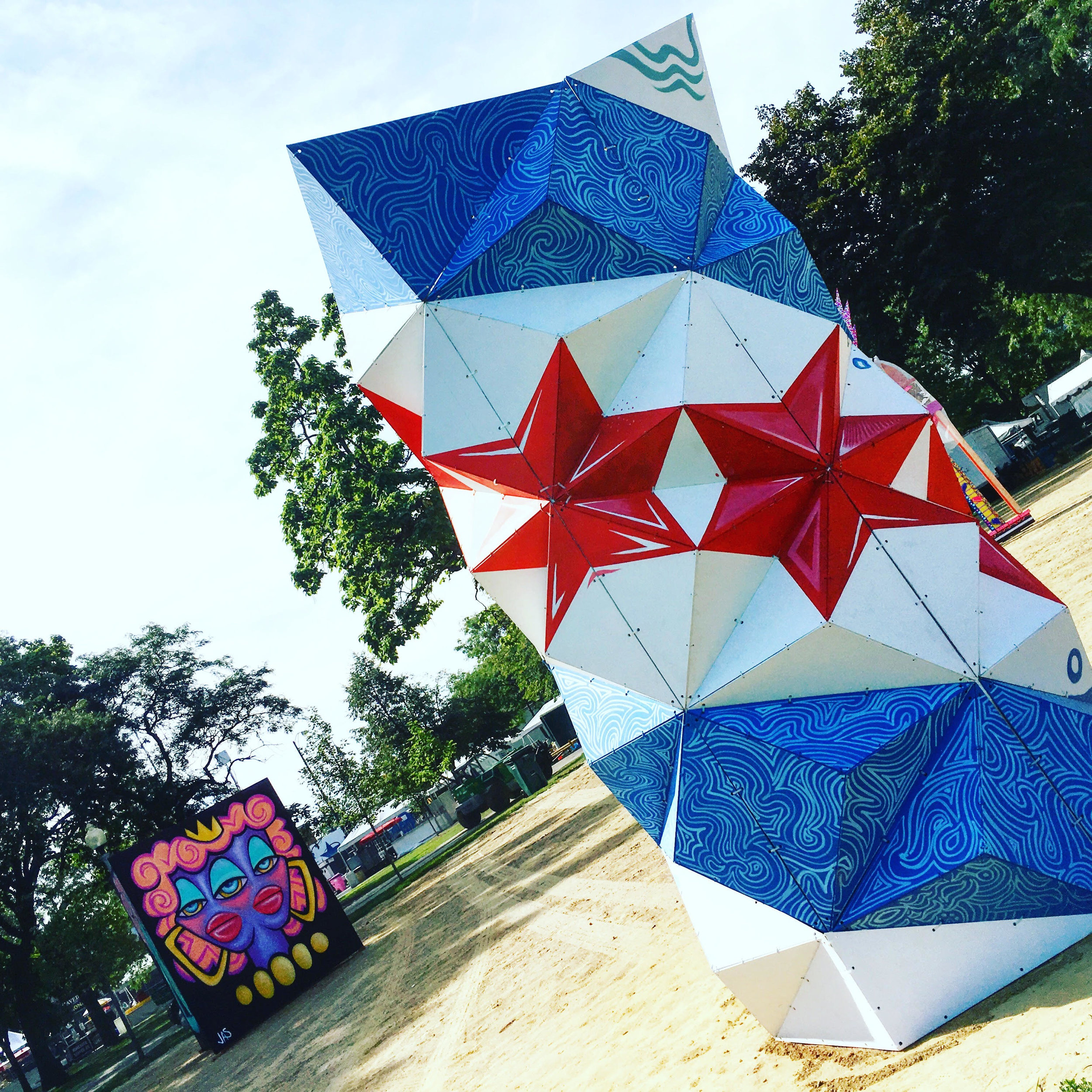 Chicago Flag Geo-Sculpture.jpg