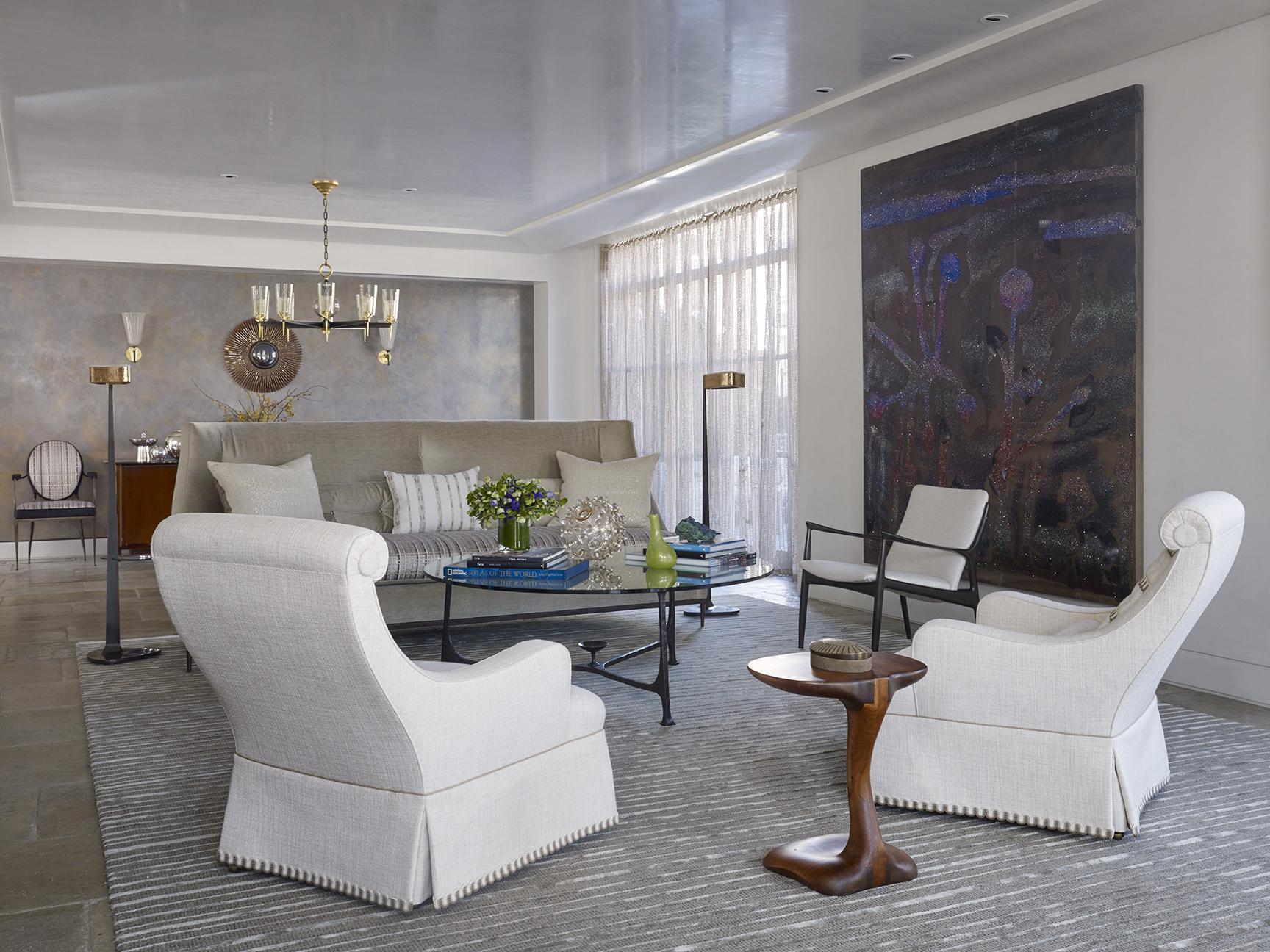 LUXE_121 W21_Living Room_2_photo Peter Murdock.jpg