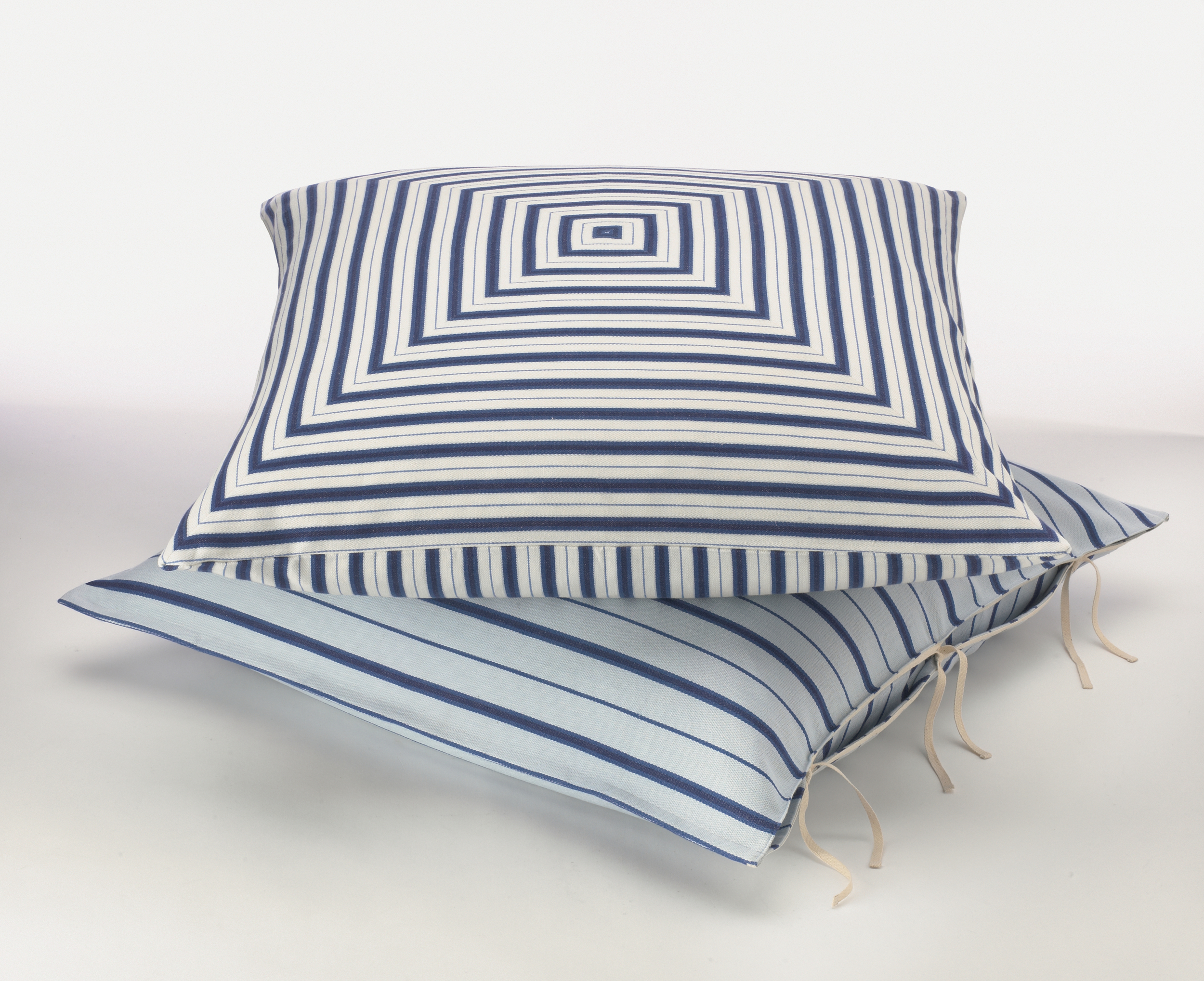 64:65-StripePillows.jpg