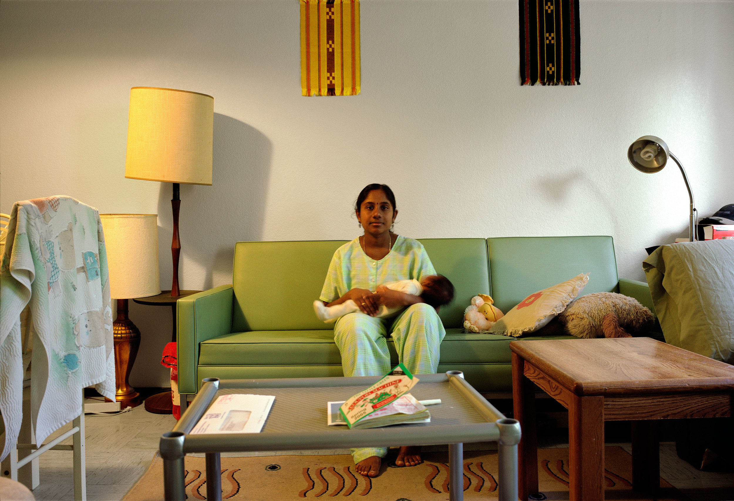 indian-woman-with-child.jpg