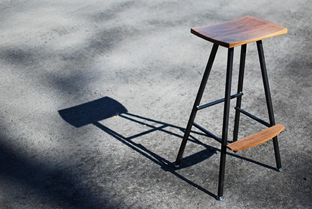 bar_stool2.jpg