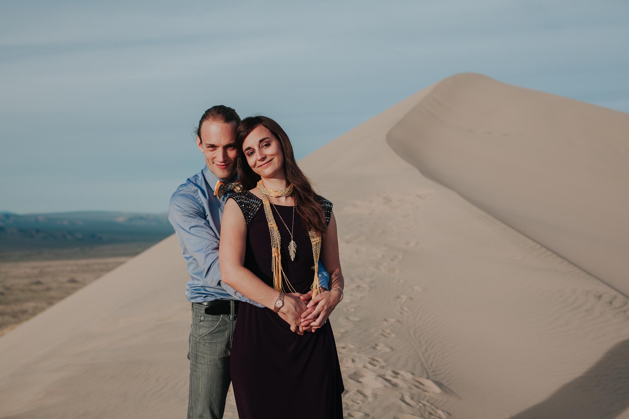 brandy.andrew. kelso sand dunes mojave desert  engagement session-56.jpg