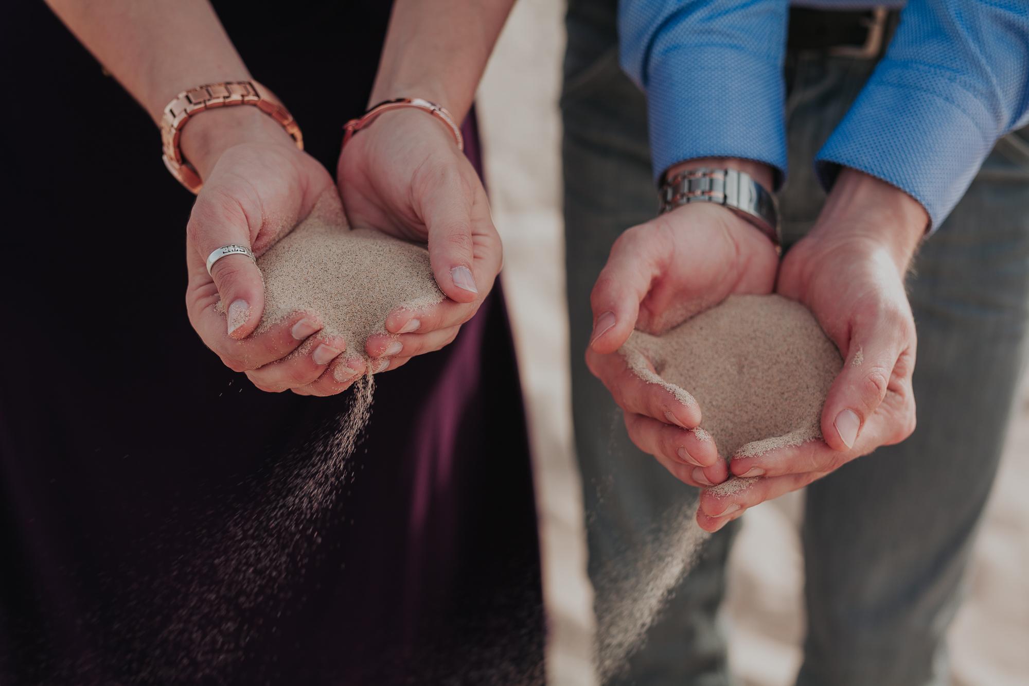 brandy.andrew. kelso sand dunes mojave desert  engagement session-91.jpg