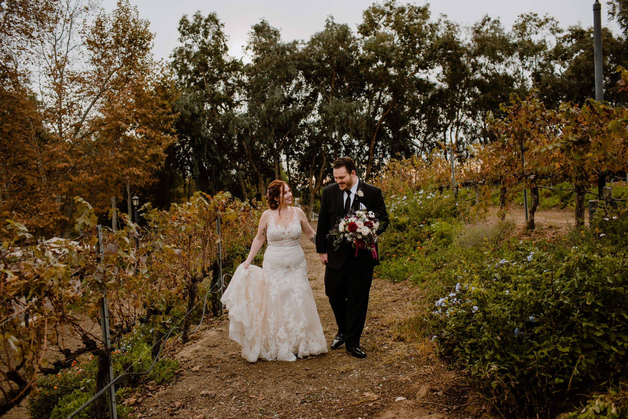 Lake Oak Meadows Temecula CA Wedding - Eve Rox Photography-94.jpg
