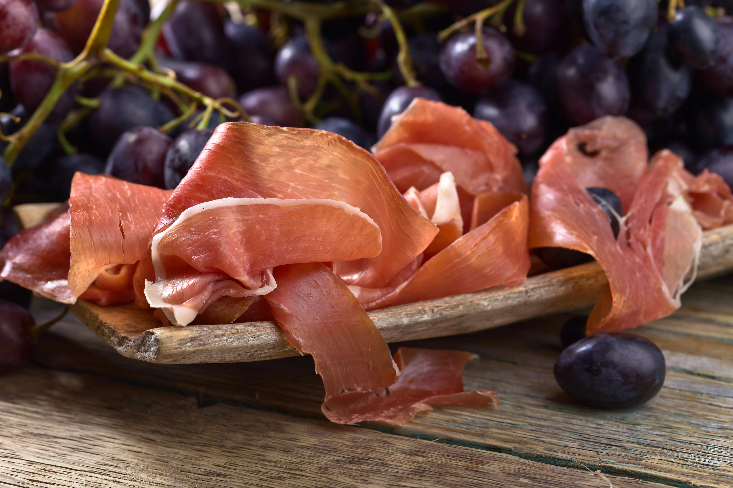 Prosciutto-with-blue-grape-.-821024268_3869x2579.jpeg
