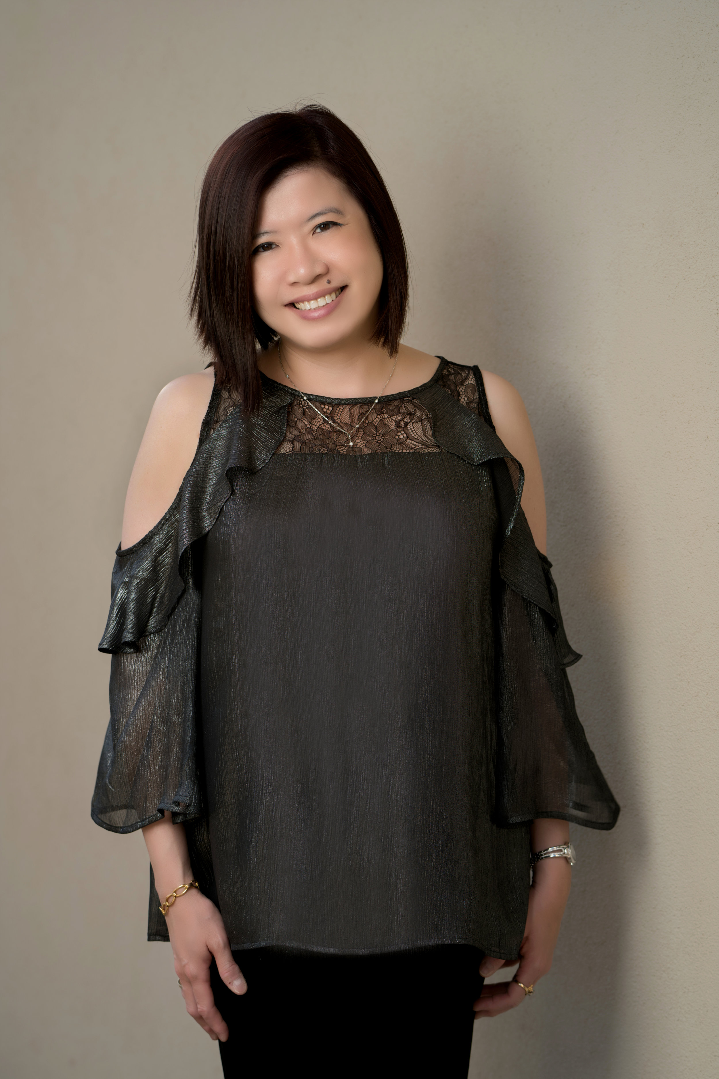 """Ming Ming Angouw - """"Dream big, plan well, work hard, smile always and good things will happen.""""– Sally Huss"""
