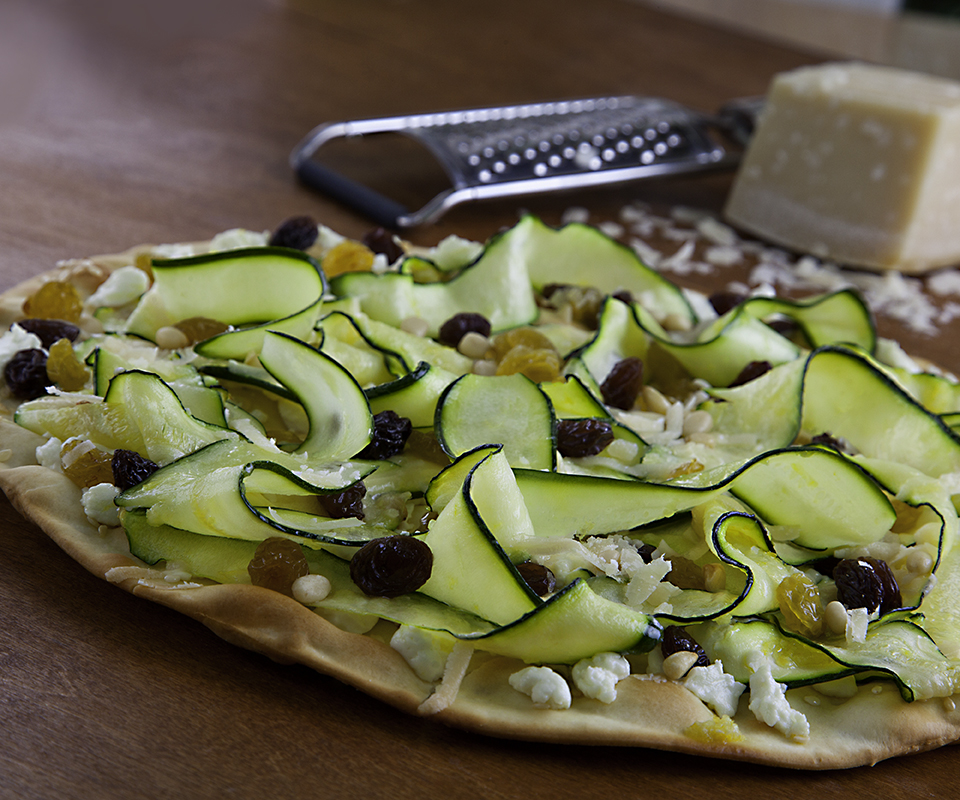 Fresno-Valley Zucchini & Raisin Pizza - Makes 4 servings.
