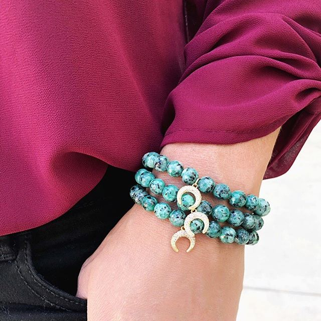 Sometimes one is just not enough 🌙 tap for details! . . . . . #armparty #stacks #braceletstacks #bracelets #holidayjewelry #fallfashion #jewelrylover #christmasgift #giftideas #etsygifts #etsyfinds #etsyfavorites