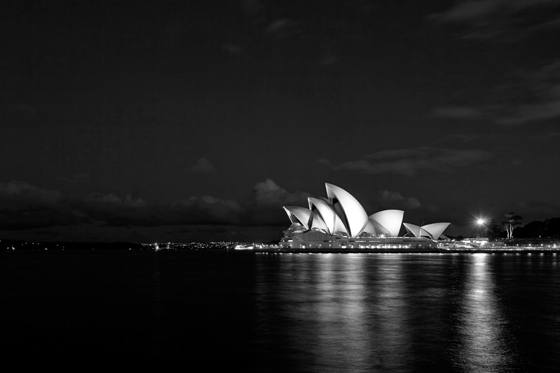 TomCarey_SydneyOperaHouse_2.jpg