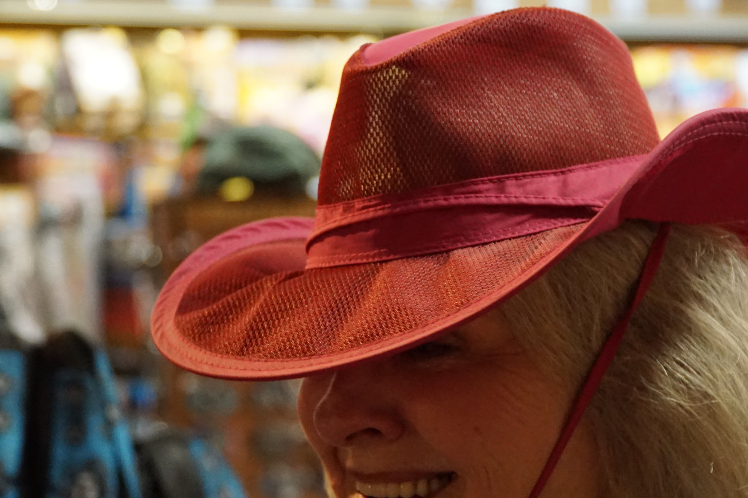 20170727 - Lookout-mountain-red-hat.JPG