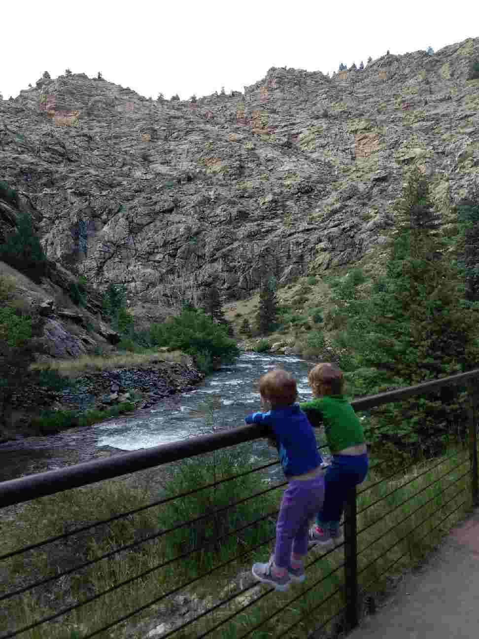 kids-watching-river.jpg