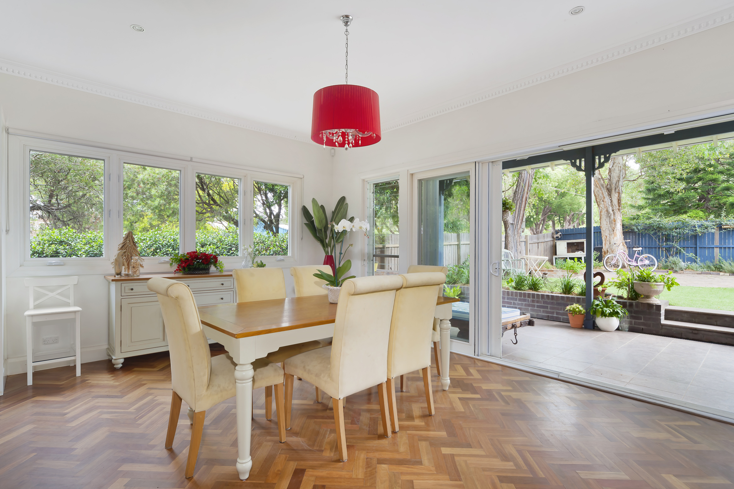Dining with Parquetry Floor.jpg