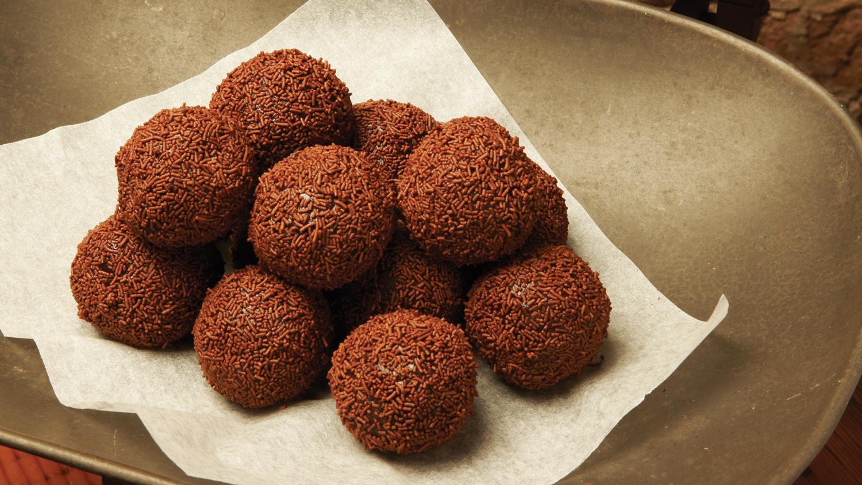 Chocolate-Balls-1500--x-844.jpg