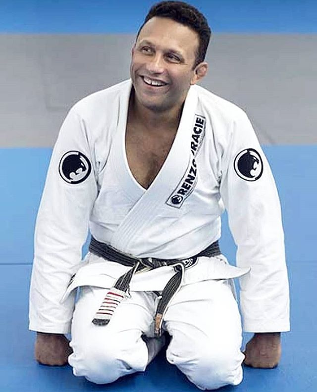 Happy Birthday to this jararaca right here.😜 My wonderful primo (cousin) @renzograciebjj 🌟💯 The world wouldn't be as colorful, bright, happy, and crazy as hell with out you around to shake the shit up and make it so. Today is a reminder for us all how grateful we are to have such a blessing to know a man like you. I'm even more grateful because we share the same blood. 🙏🏽🙌 Love you. #HappyBirthday #GracieFamily #GracieJiuJitsu 🇧🇷🇺🇸
