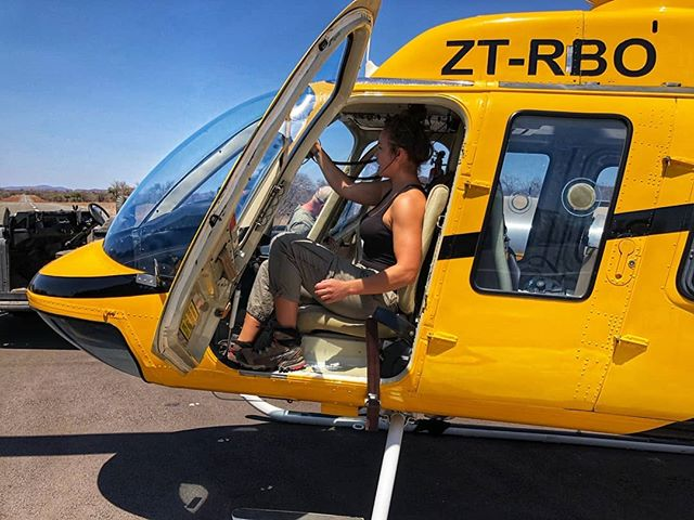 There is no way to get out of a helicopter all sexy ... hair flying around, boobies flipping, and your panties almost get blown off... 🤣💨💥🚁#TIA  I think I did ok 😜