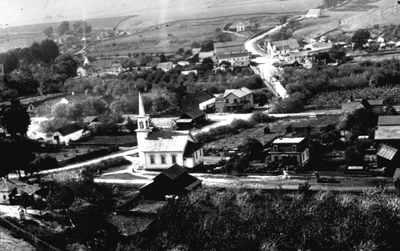 This photo of Soquel looks like New England! What happened to all the Spanish-Mexican-Catholic stuff? When and how did the Protestants take over? What the hell happened?