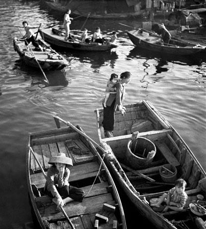 LT, Boat People, 1962.jpg