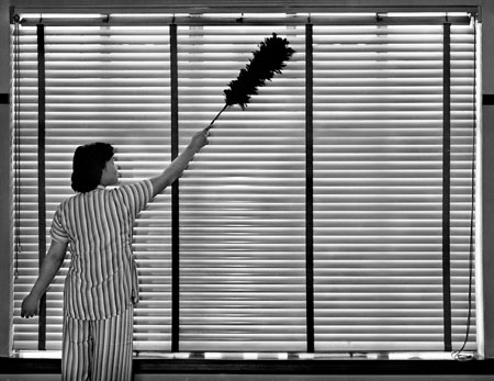 LT, Cleaning, 1950.jpg